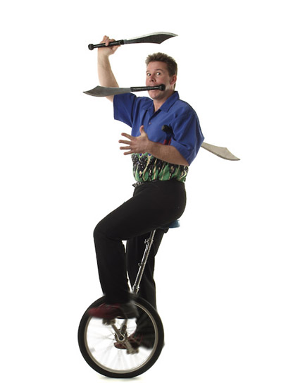 Unicycle_small.jpg (27731 bytes)